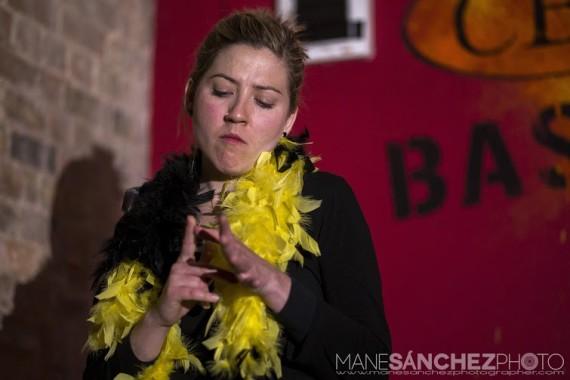 Cristina Roures performer